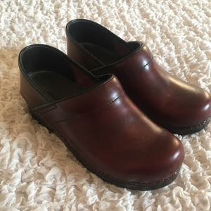 New Sanita Leather Cabrio Brown Clogs Shoes 38 8